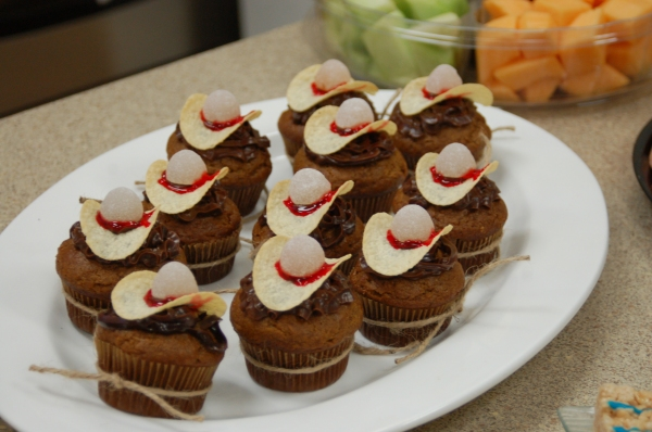 Fancy Cowboy Cupcakes